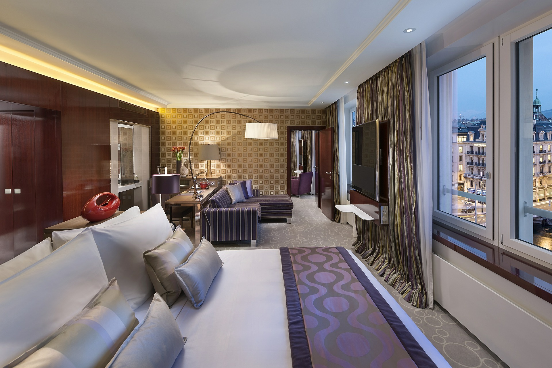 hotel-595121_1920.jpg